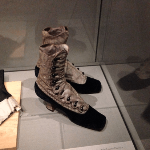musee chaussures toronto