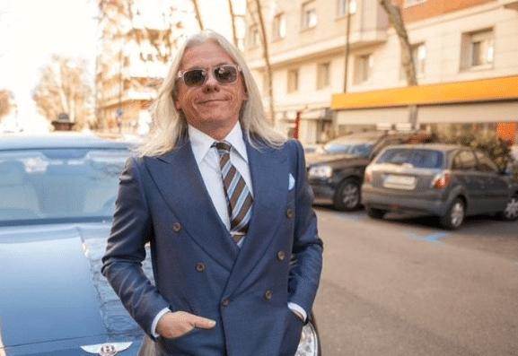 Parisian gentleman quête style
