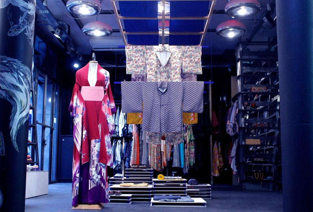 kiliwatch kimono