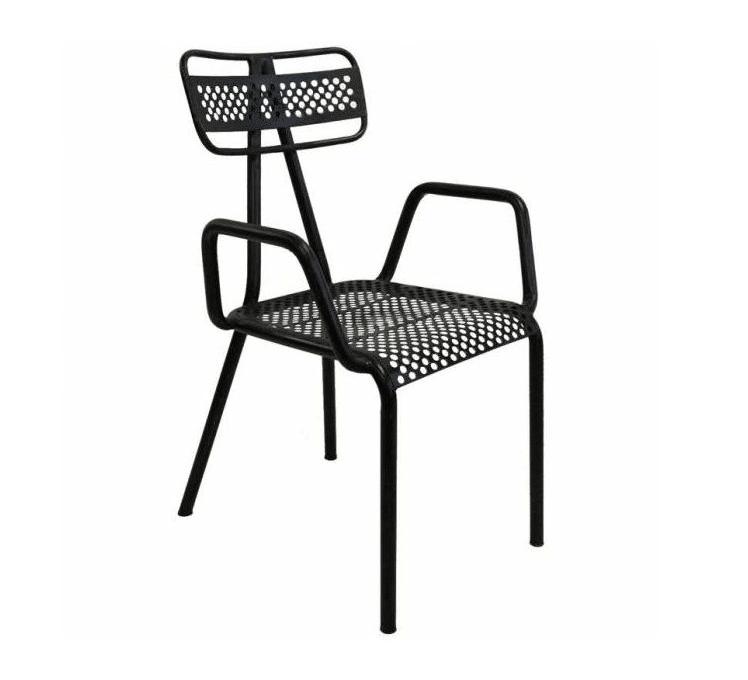 chaise métallique noire